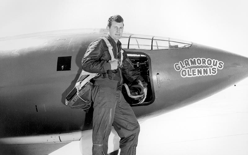 Chuck Yeager image